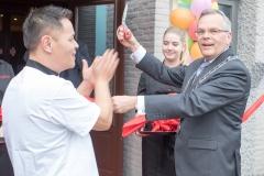 10_Opening Restaurant Eetse
