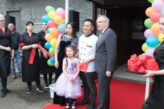 11_Opening Restaurant Eetse