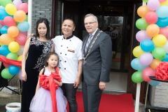 12_Opening Restaurant Eetse